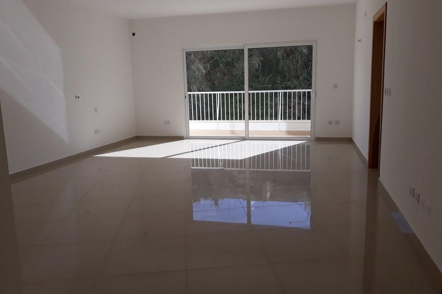 3 bed Apartment For Sale in Xemxija, Xemxija - thumb 4