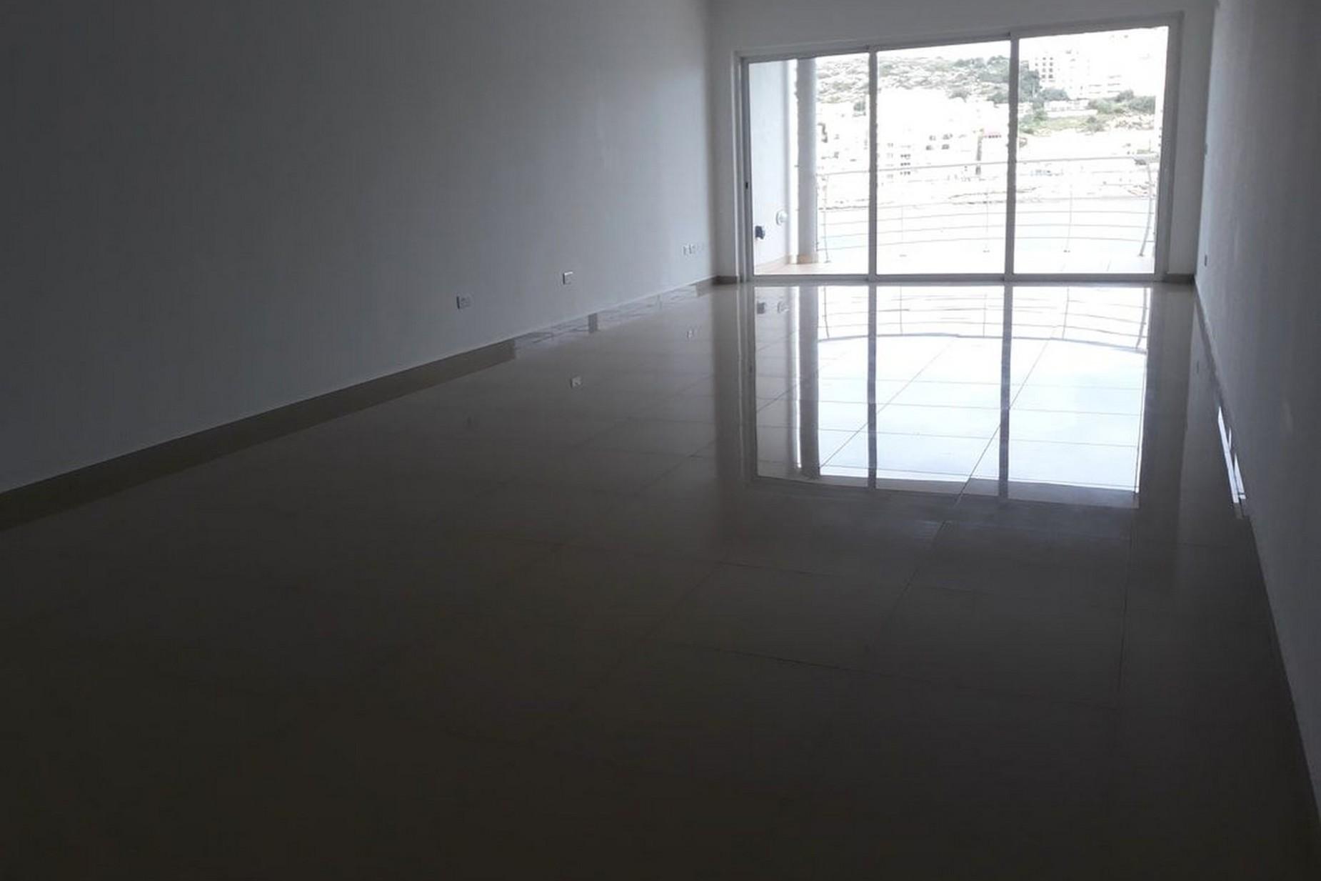 3 bed Apartment For Sale in Xemxija, Xemxija - thumb 2