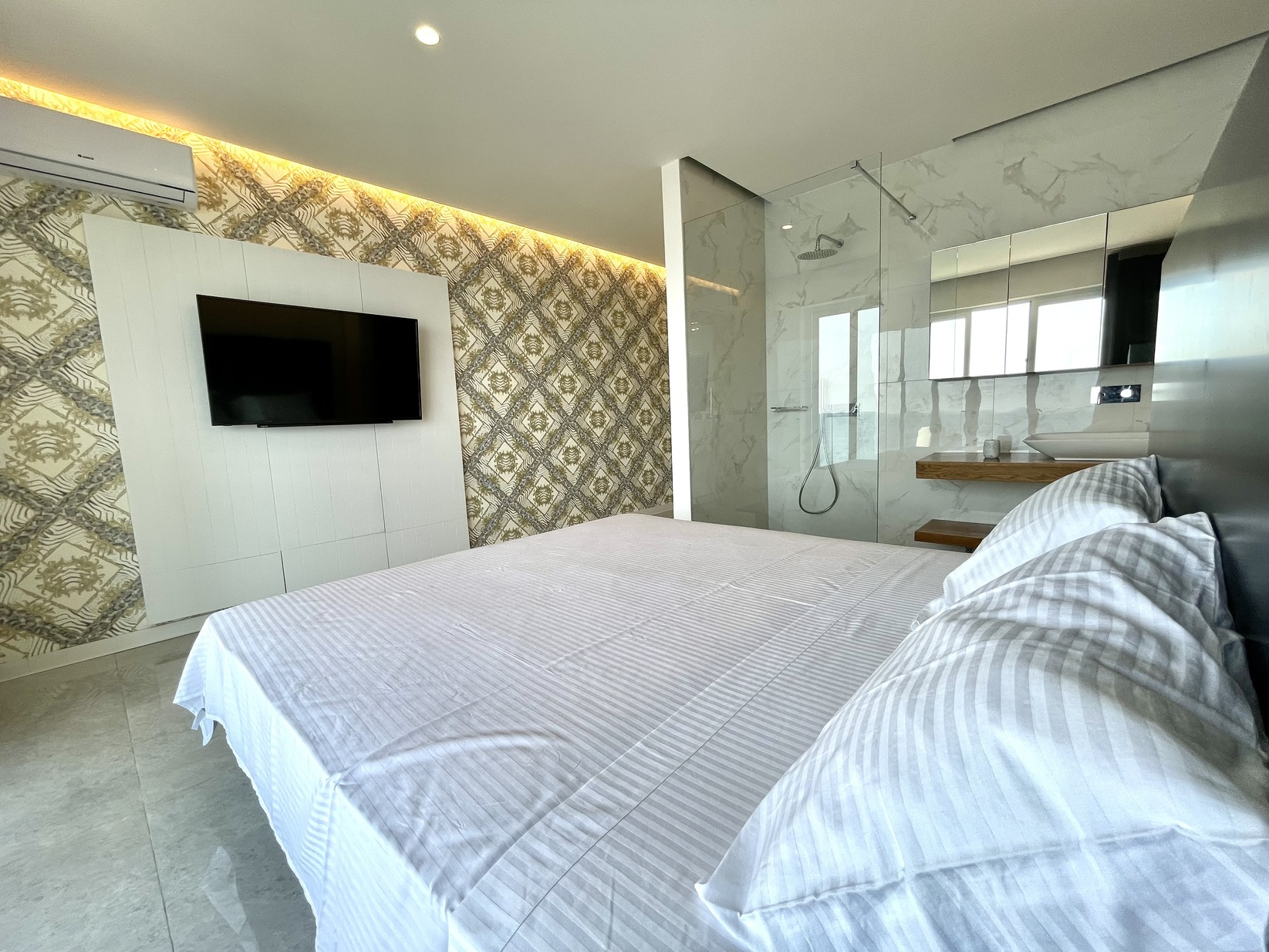 3 bed Penthouse For Rent in Sliema, Sliema - thumb 13