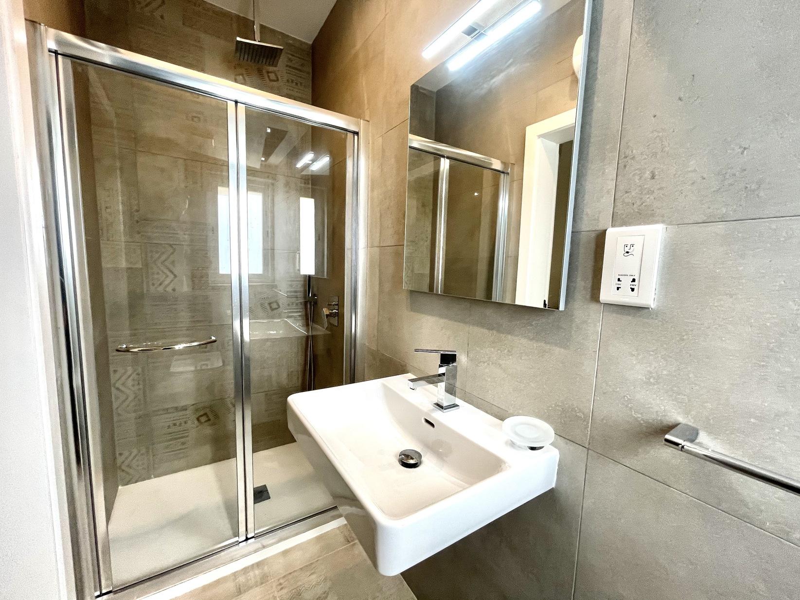 3 bed Apartment For Rent in Kalkara, Kalkara - thumb 11