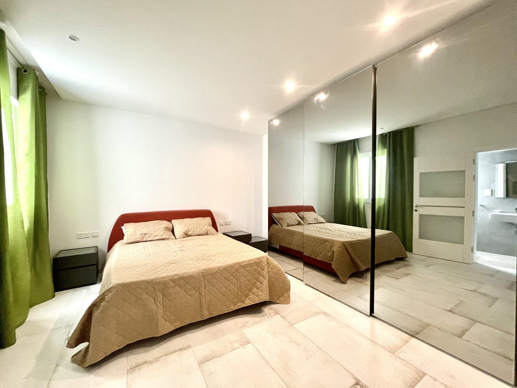 3 bed Apartment For Rent in Kalkara, Kalkara - thumb 9