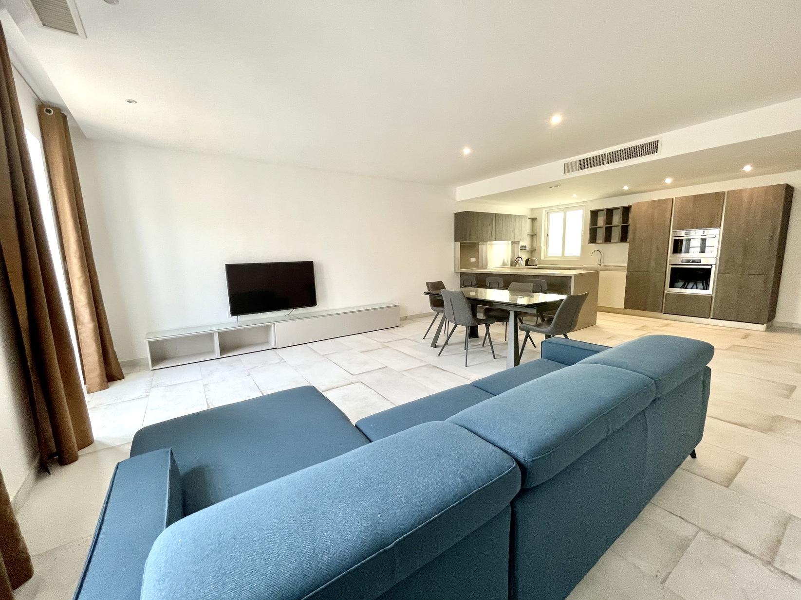 3 bed Apartment For Rent in Kalkara, Kalkara - thumb 2