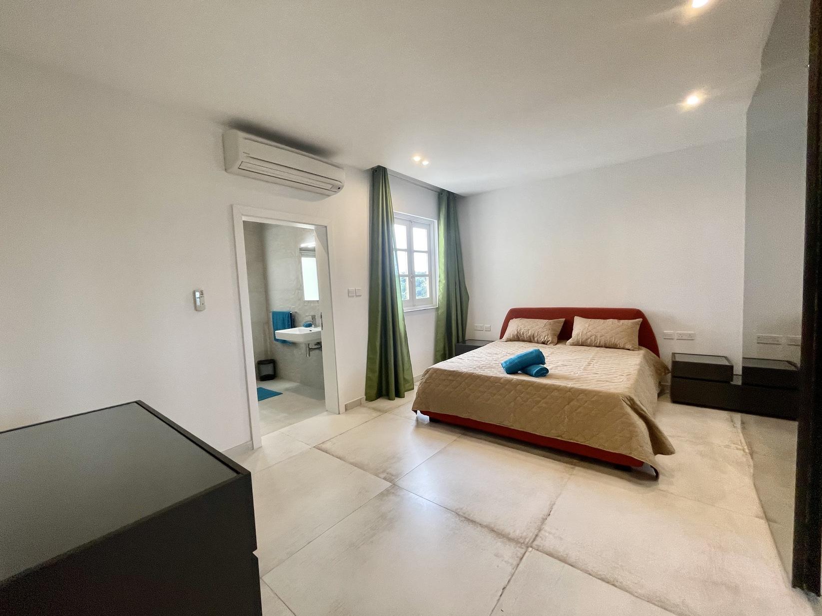 3 bed Apartment For Rent in Kalkara, Kalkara - thumb 16