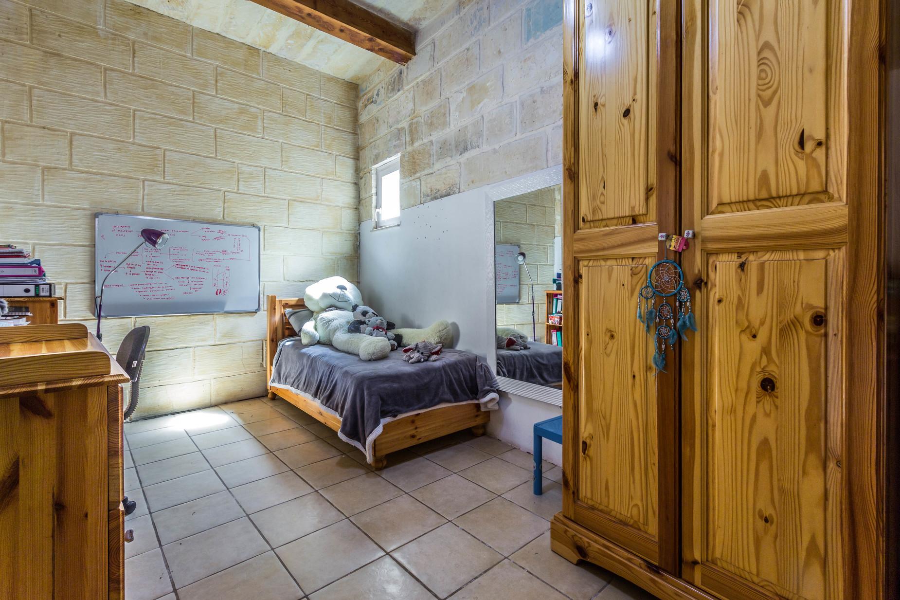 4 bed Farmhouse For Sale in Zejtun, Zejtun - thumb 17