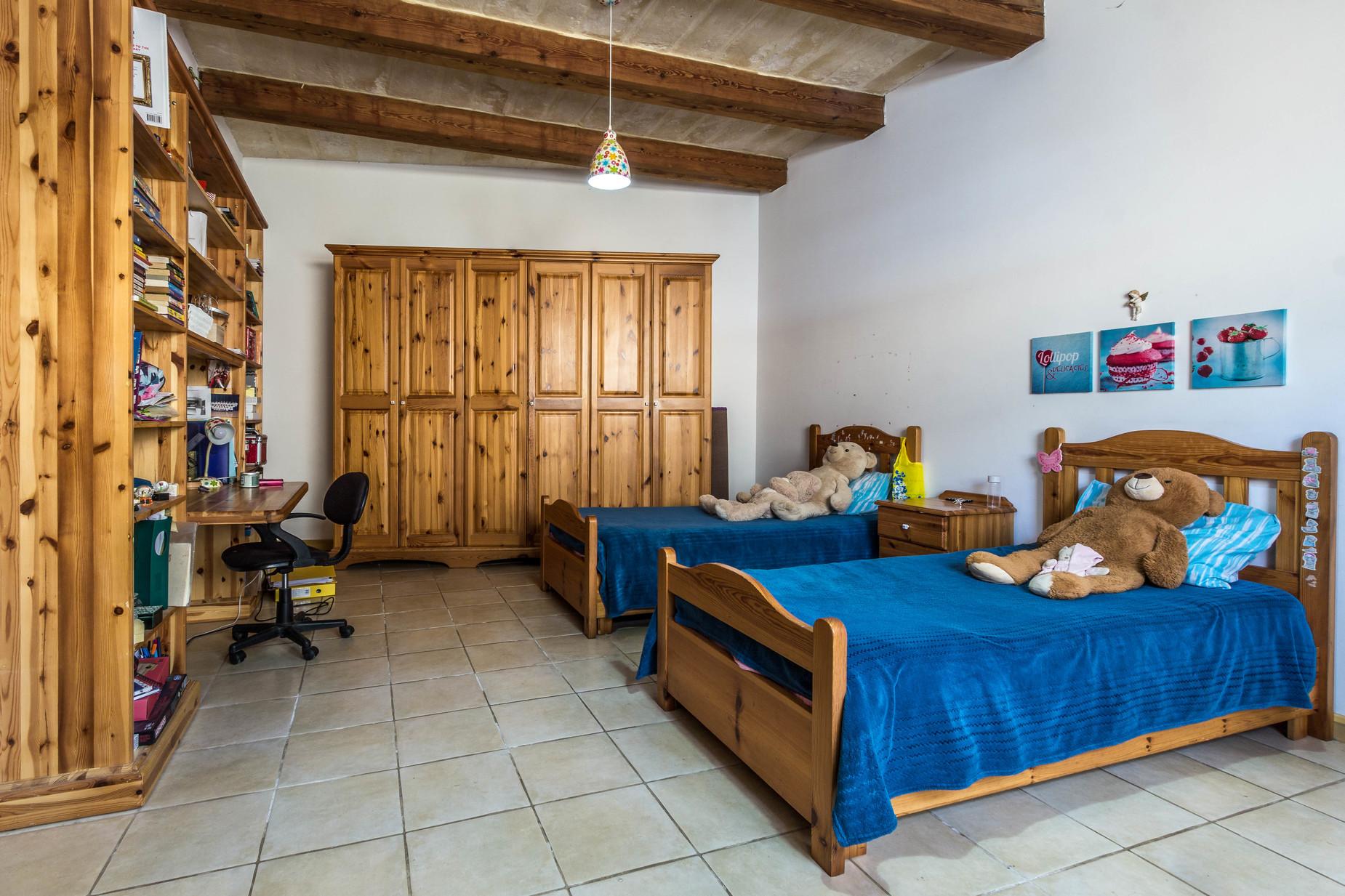 4 bed Farmhouse For Sale in Zejtun, Zejtun - thumb 14
