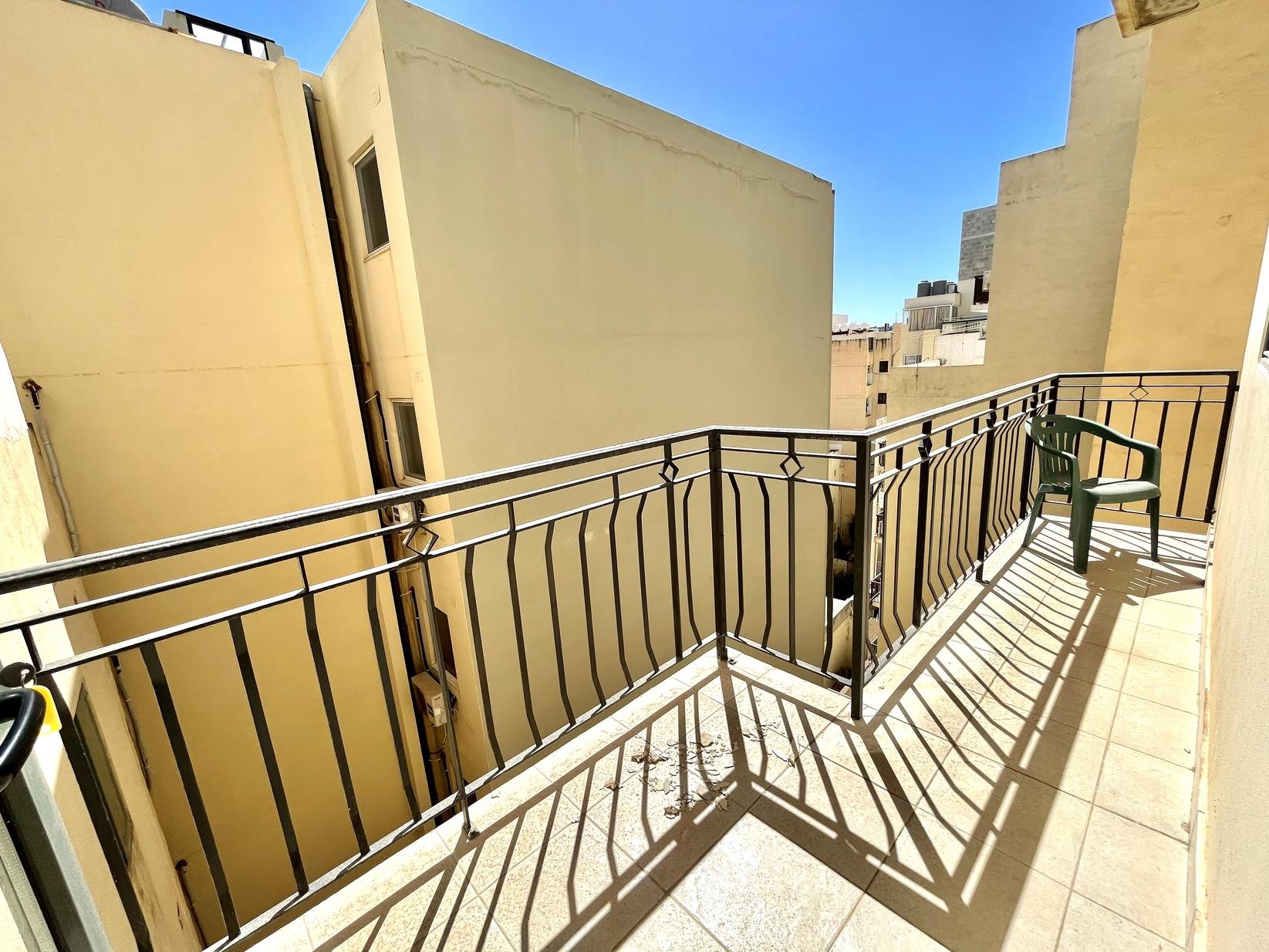 3 bed Apartment For Rent in Sliema, Sliema - thumb 23