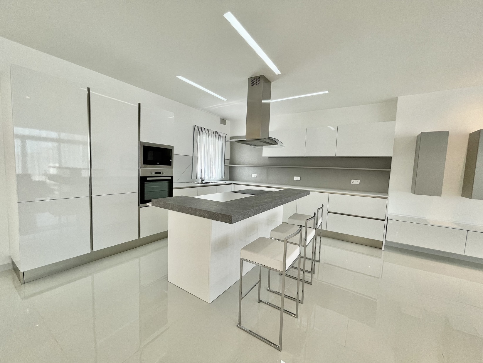 2 bed Penthouse For Rent in Zejtun, Zejtun - thumb 7