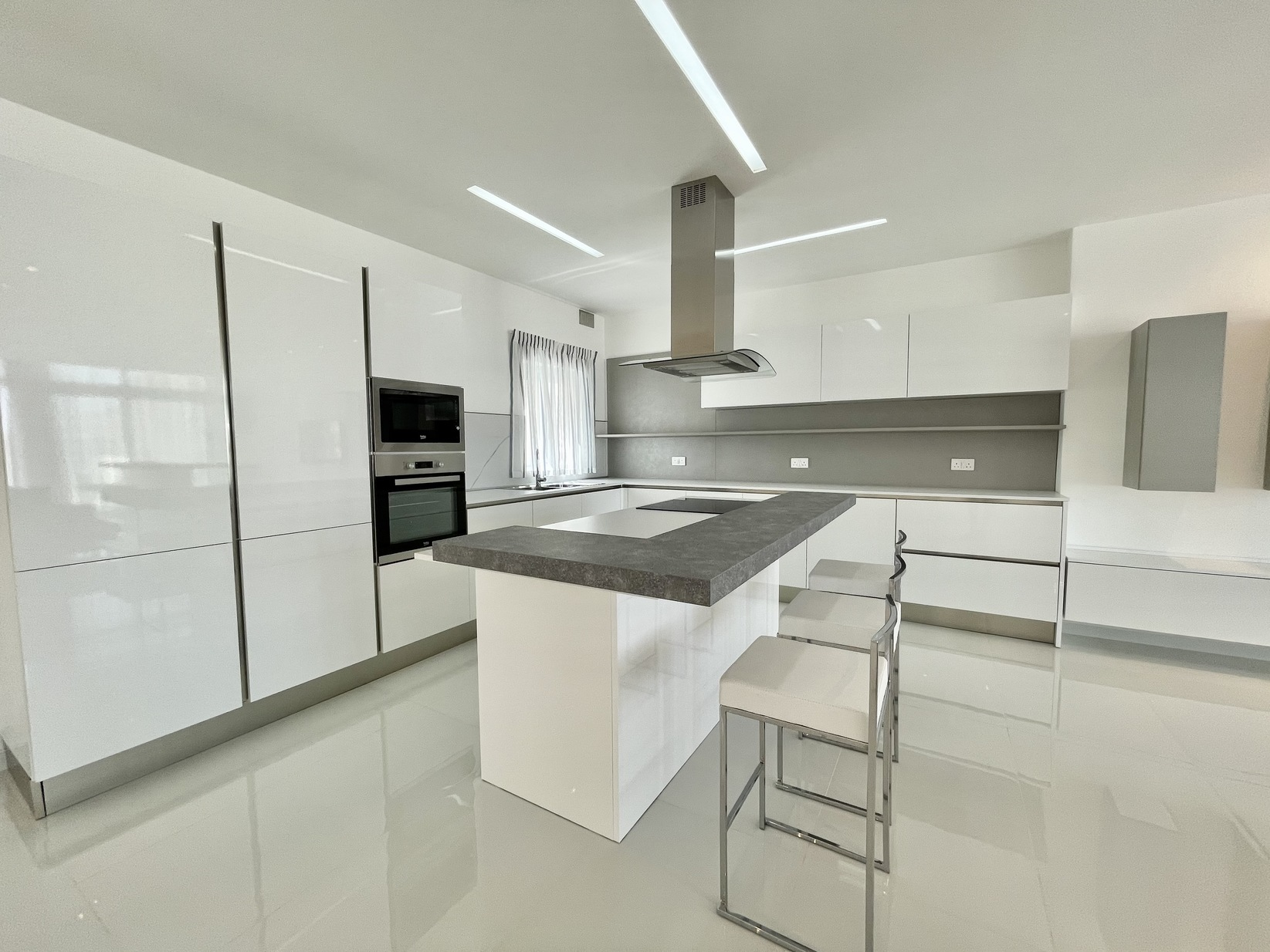 2 bed Penthouse For Rent in Zejtun, Zejtun - thumb 9