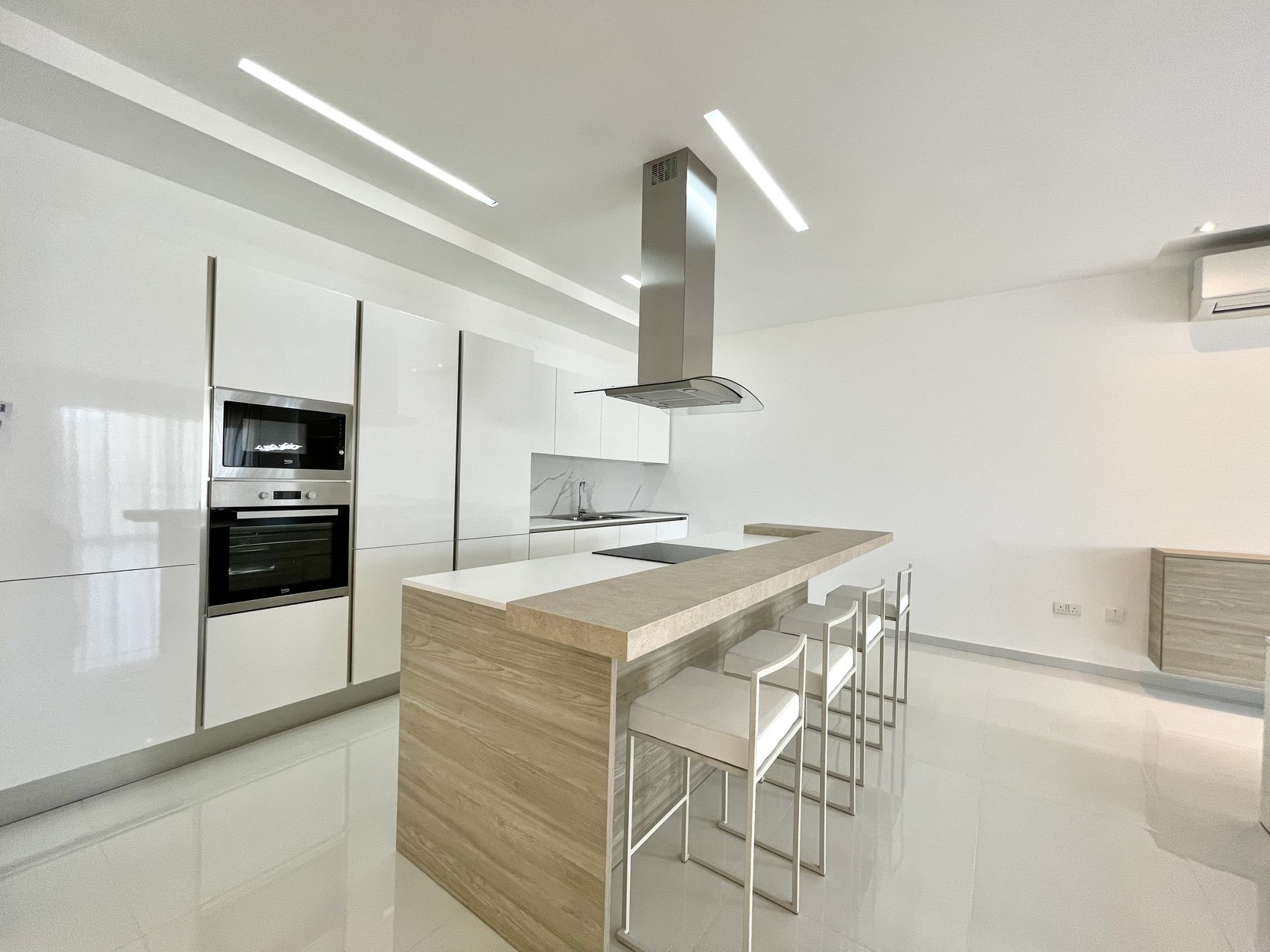 3 bed Apartment For Rent in Zejtun, Zejtun - thumb 5