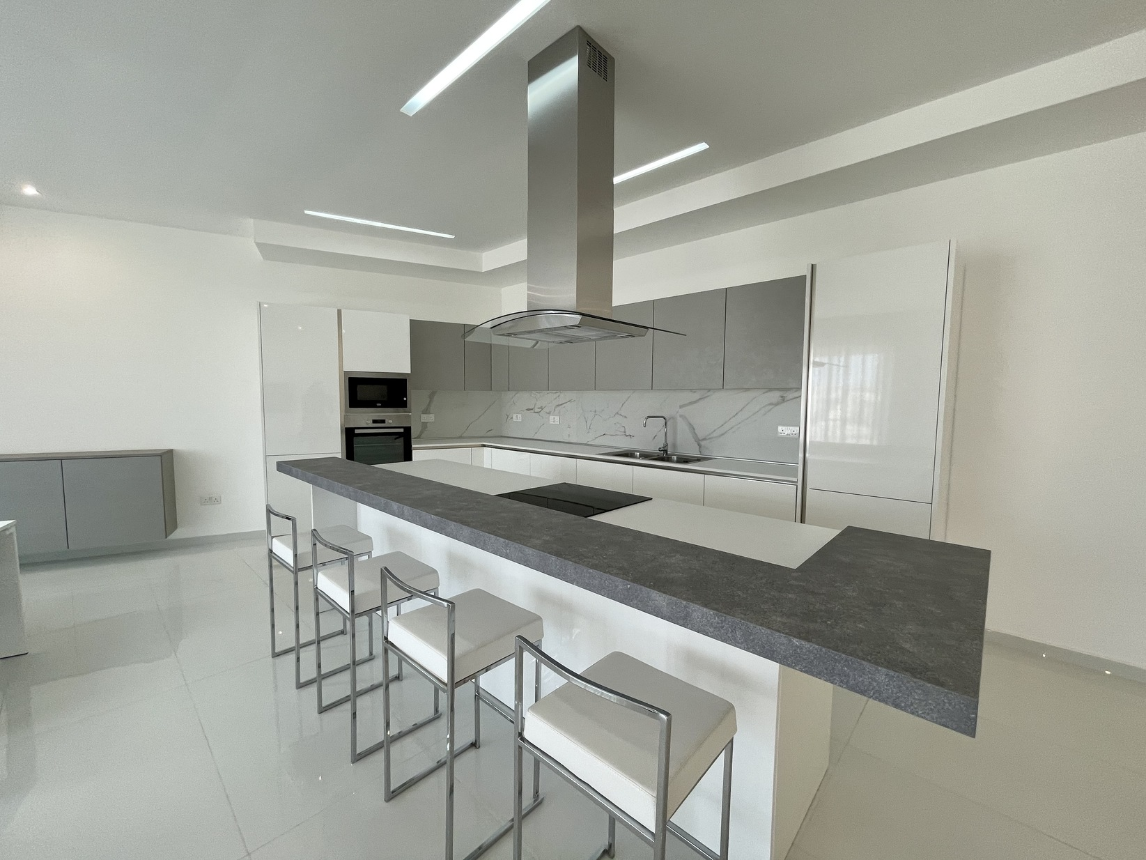 3 bed Apartment For Rent in Zejtun, Zejtun - thumb 7