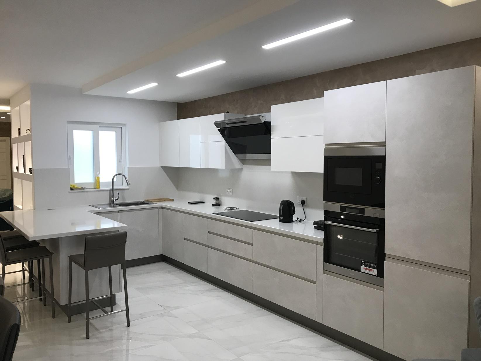 3 bed Apartment For Rent in Qawra, Qawra - thumb 4
