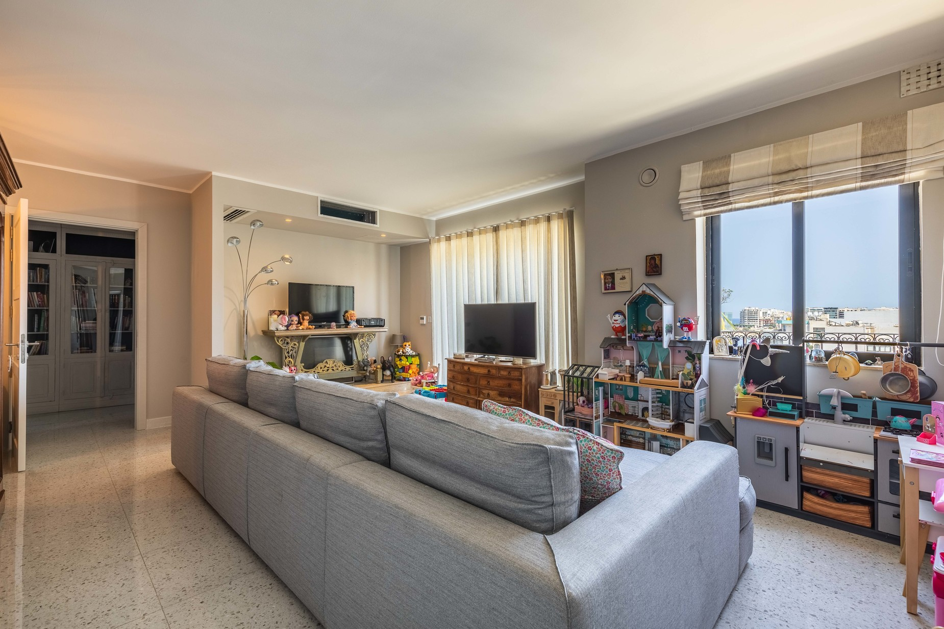 5 bed Penthouse For Rent in St Julian's, St Julian's - thumb 20