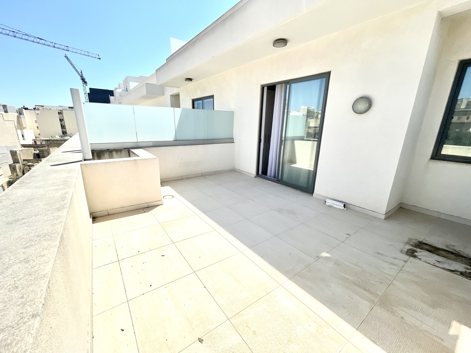 2 bed Apartment For Rent in Sliema, Sliema - thumb 13