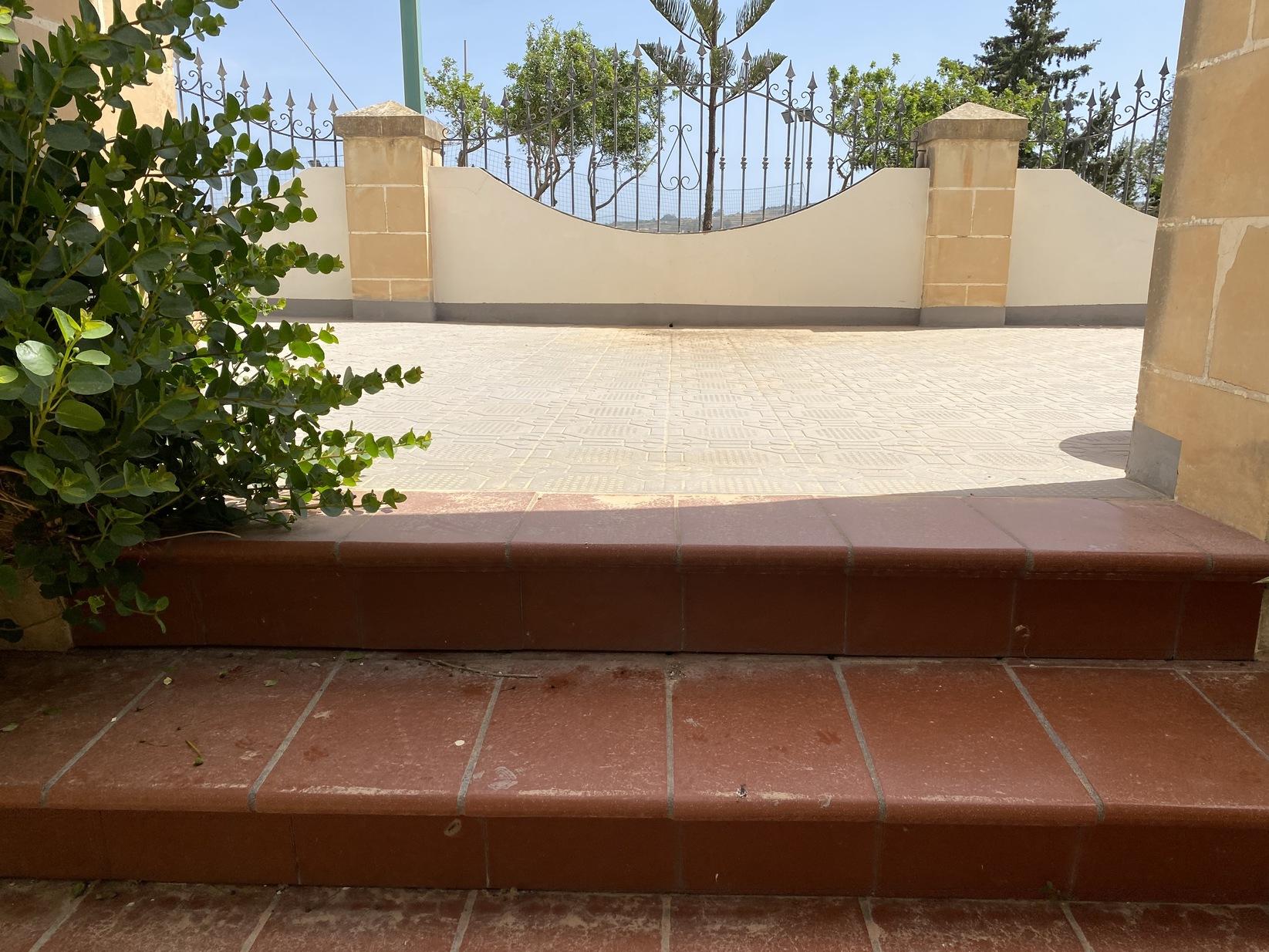 3 bed Villa For Sale in Marsaxlokk, Marsaxlokk - thumb 6