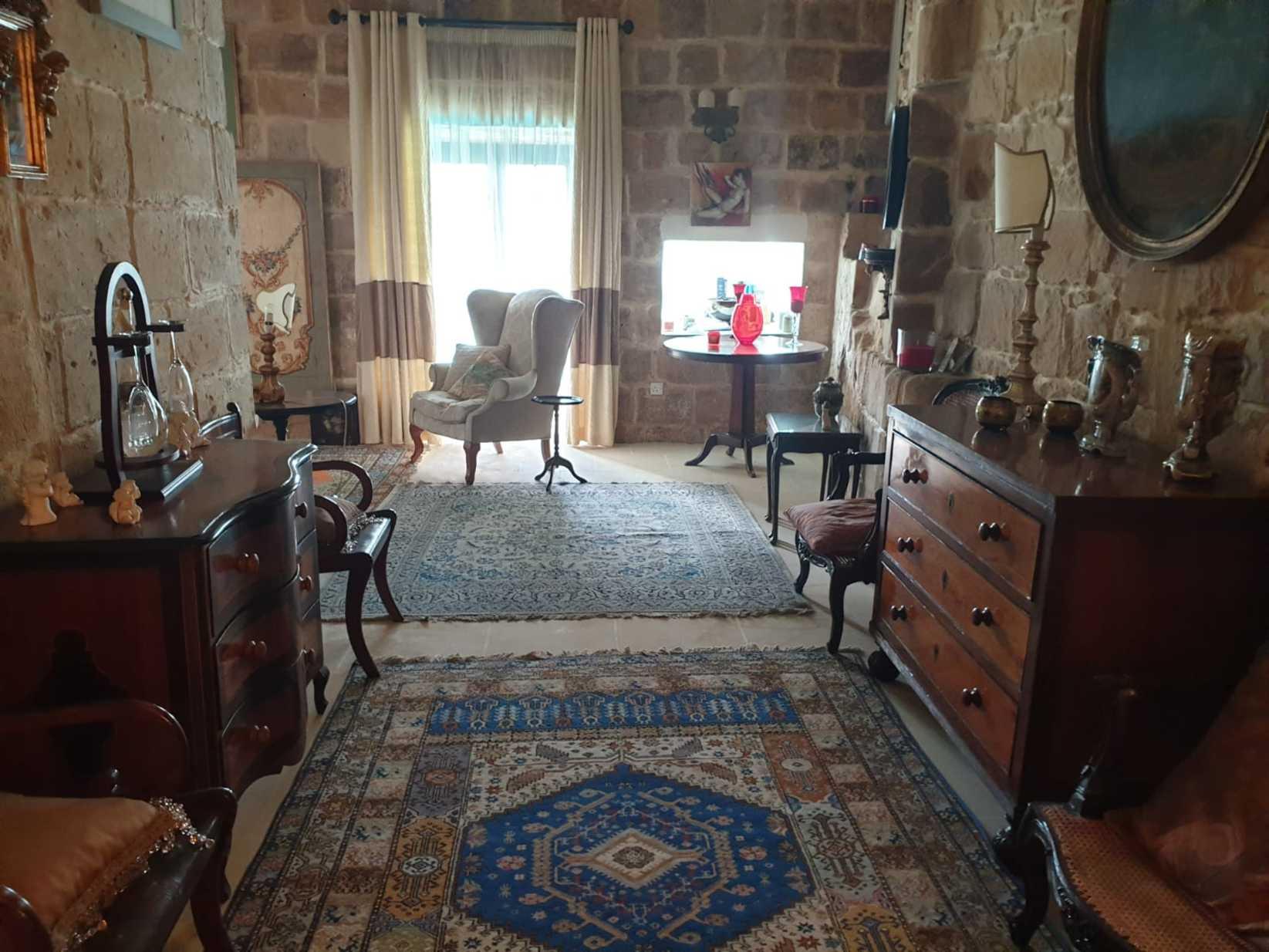 5 bed Farmhouse For Rent in Siggiewi, Siggiewi - thumb 5