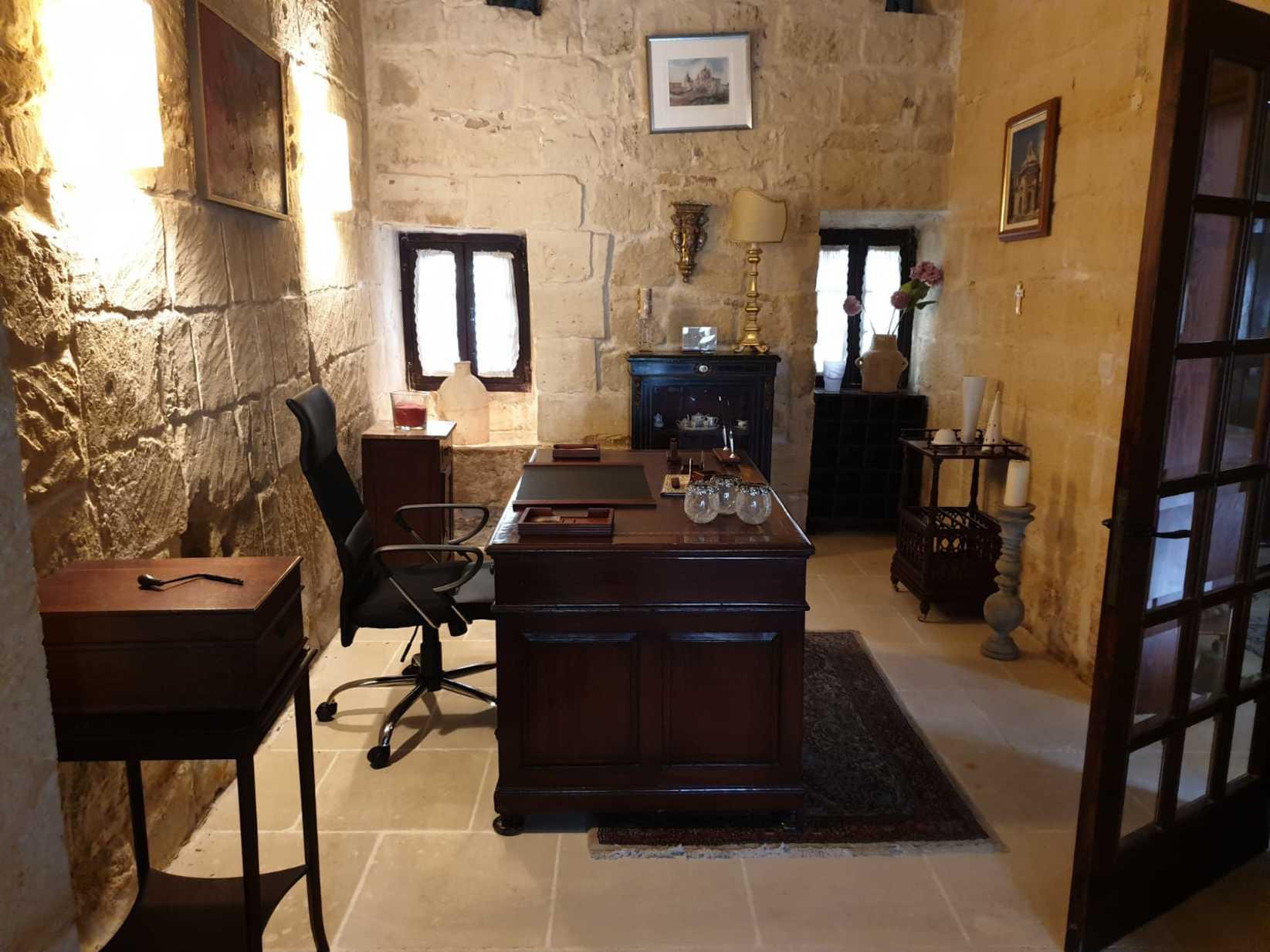 5 bed Farmhouse For Rent in Siggiewi, Siggiewi - thumb 6