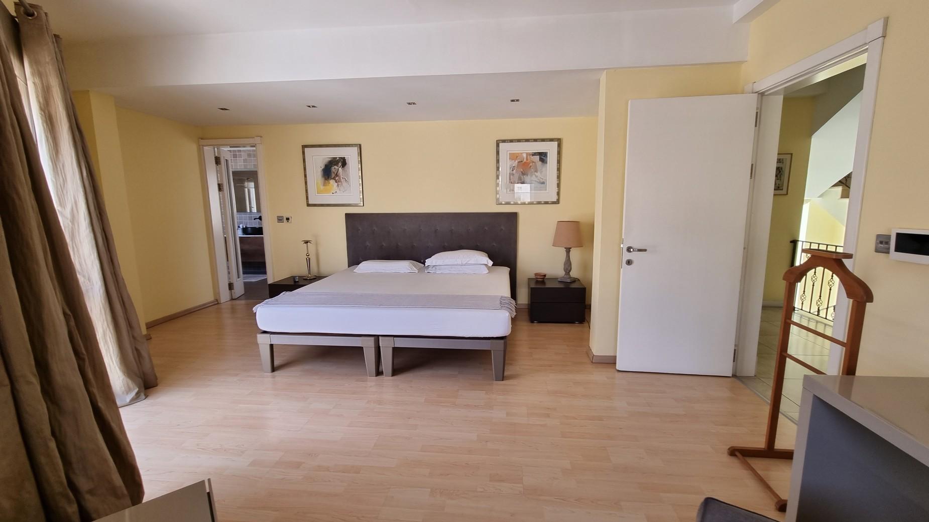 3 bed Villa For Sale in St Julian's, St Julian's - thumb 14