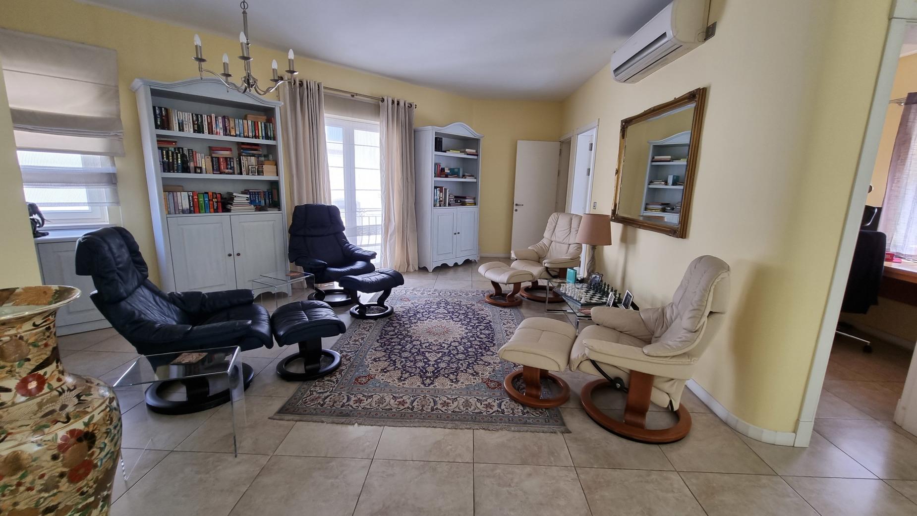 3 bed Villa For Sale in St Julian's, St Julian's - thumb 12