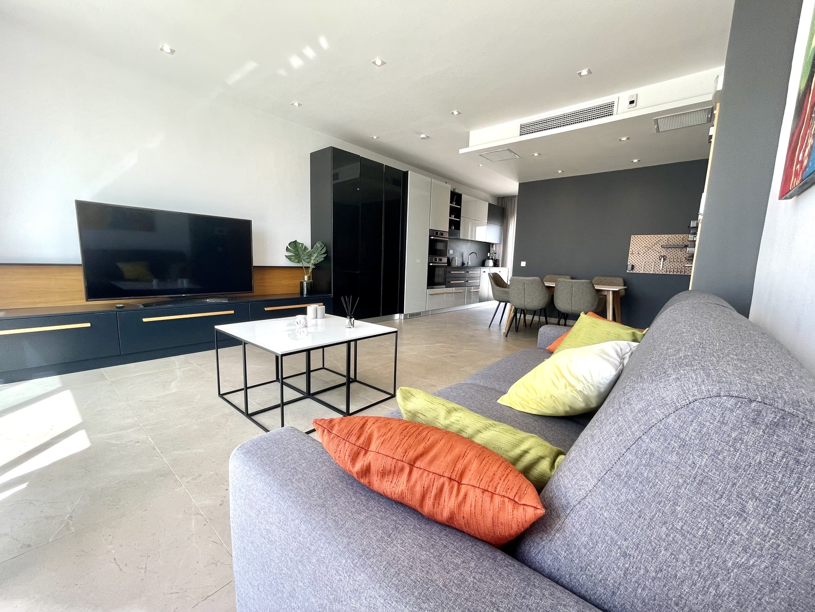 1 bed Penthouse For Rent in Sliema, Sliema - thumb 4