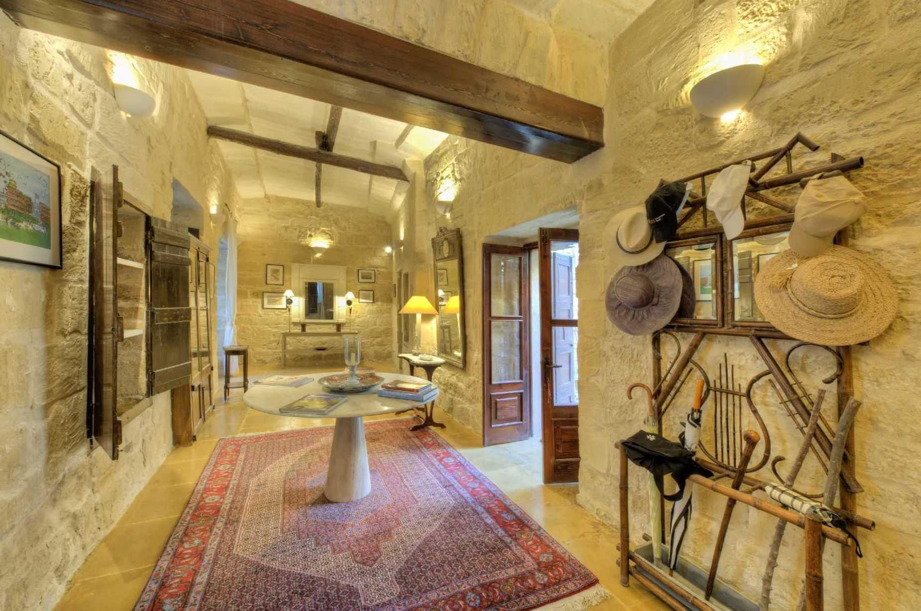 6 bed House of Character For Sale in Zebbug, Zebbug - thumb 13