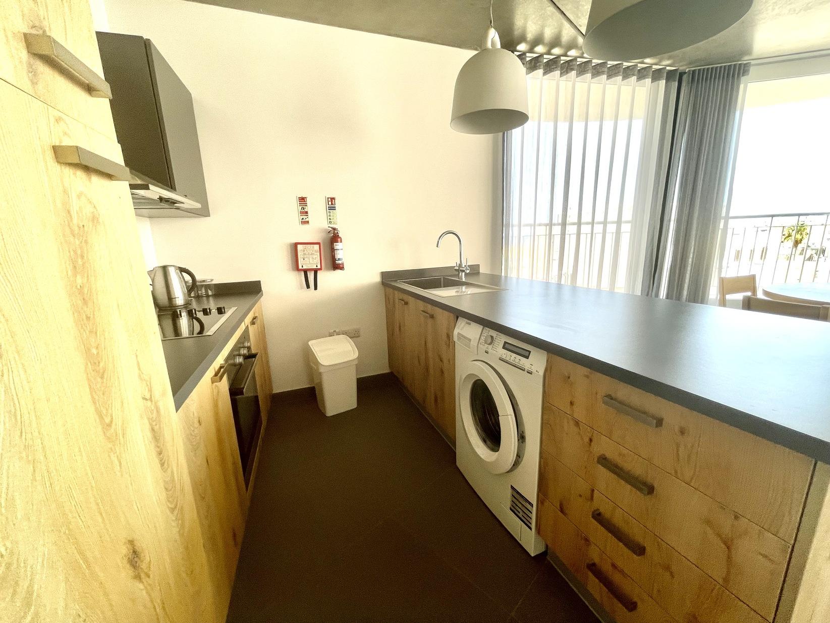 2 bed Apartment For Rent in Sliema, Sliema - thumb 5