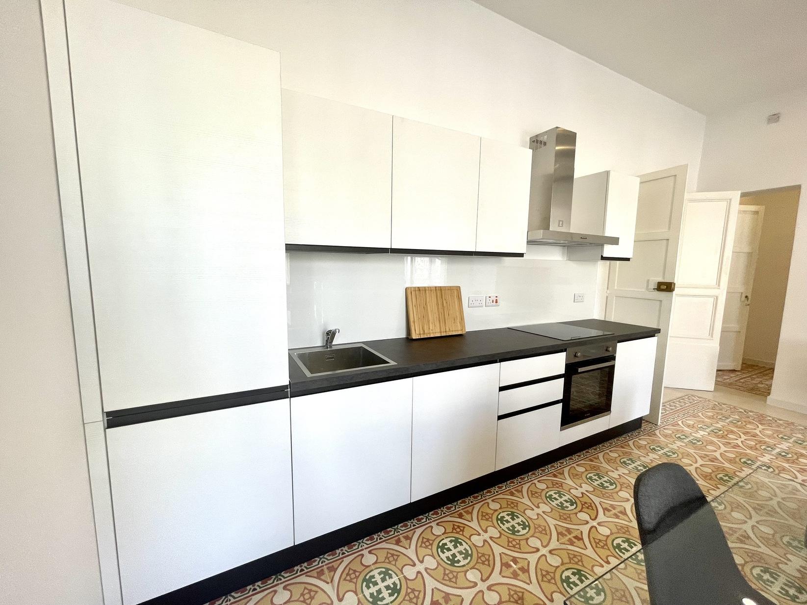 3 bed Town House For Rent in Kalkara, Kalkara - thumb 8