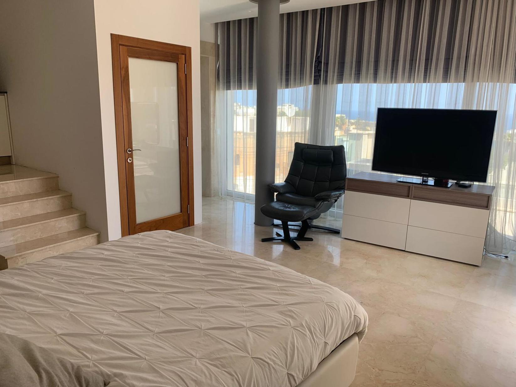 4 bed Villa For Rent in Ibragg, Ibragg - thumb 10