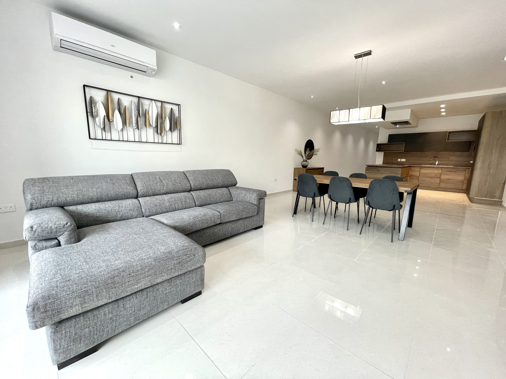 3 bed Apartment For Rent in Attard, Attard - thumb 3