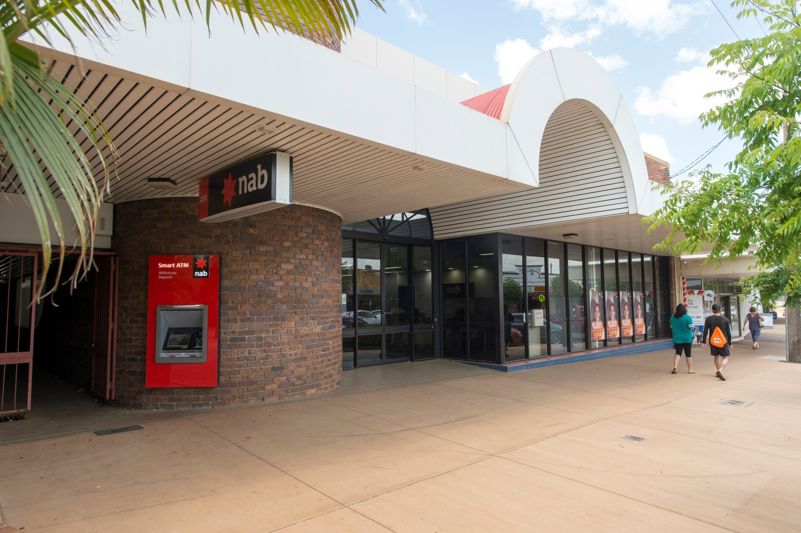 Blue Chip Bank Investment – Major Regional Commercial Centre