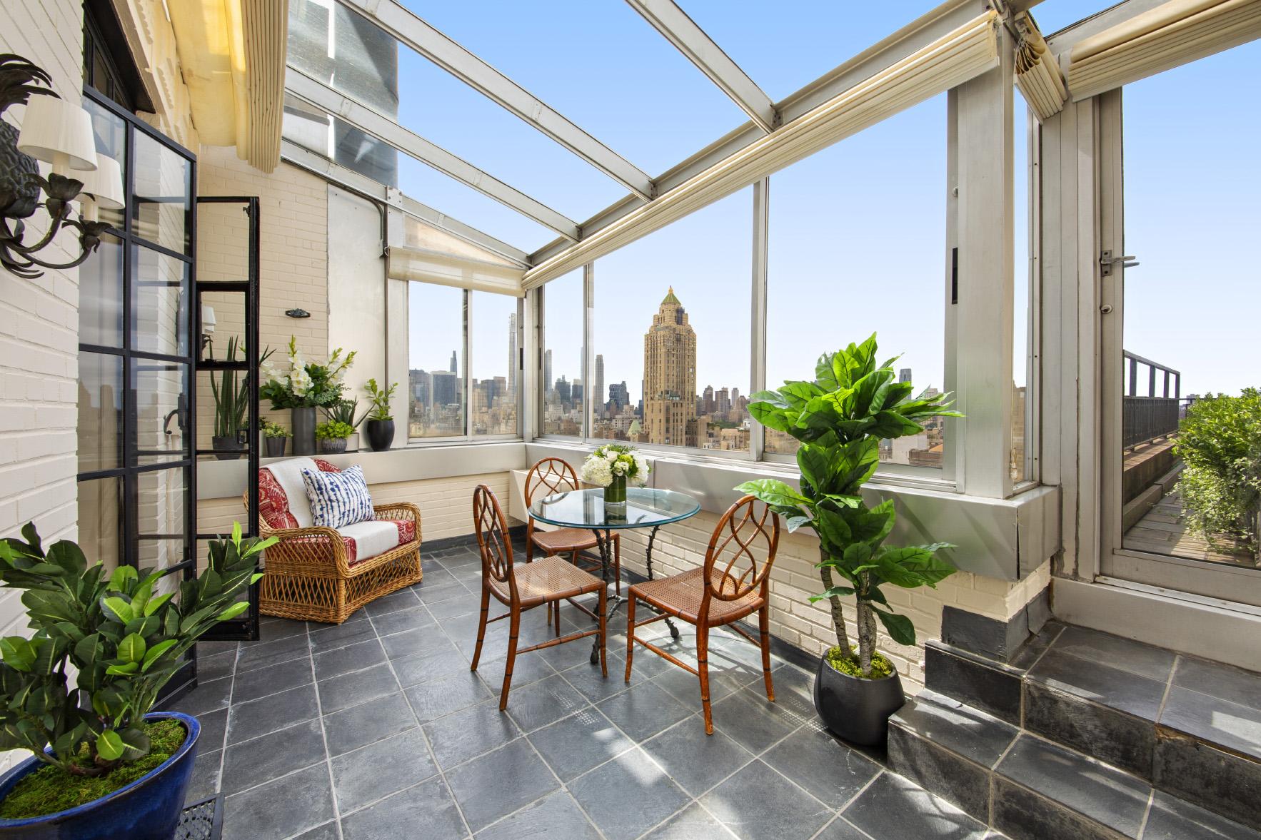 solarium at penthouse a 895 park avenue new york city