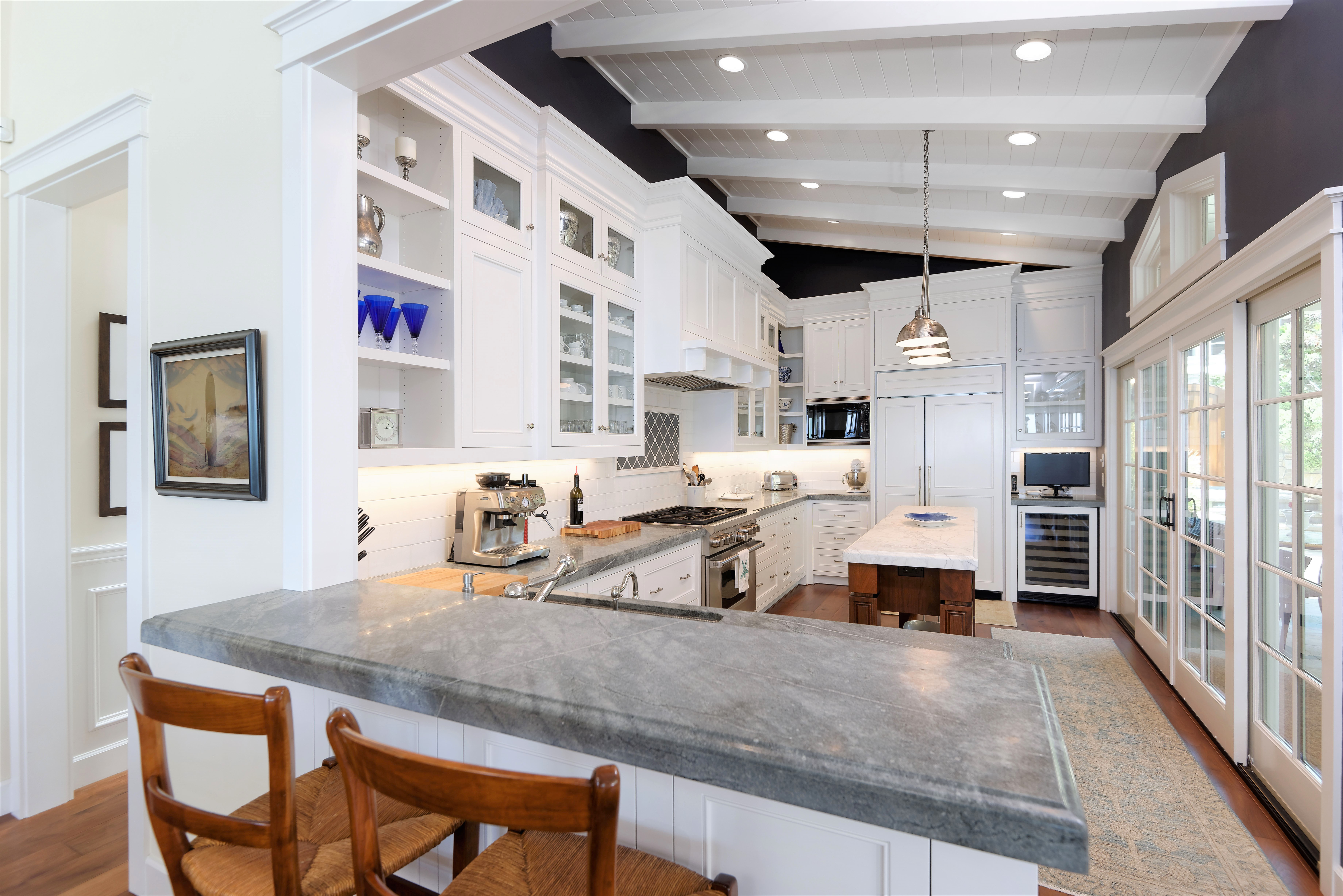 mixed stone countertops in the kitchen of a luxury san diego home