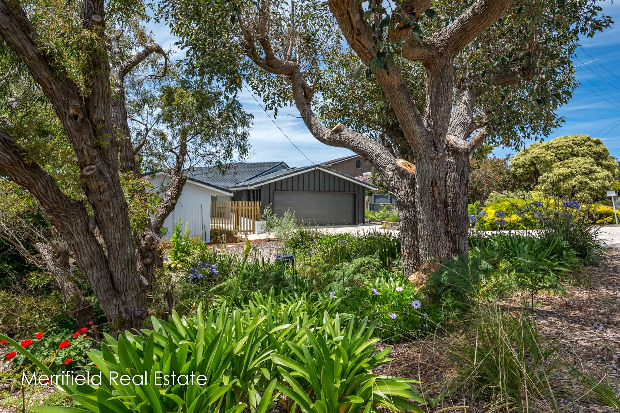 26 Karrakatta Road, Goode Beach