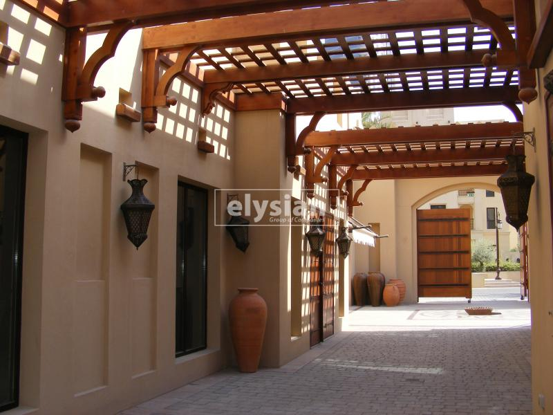 Zaafraan Old Town 2bedroom For Rent Located On Ground Floor For Rent Call Hitesh