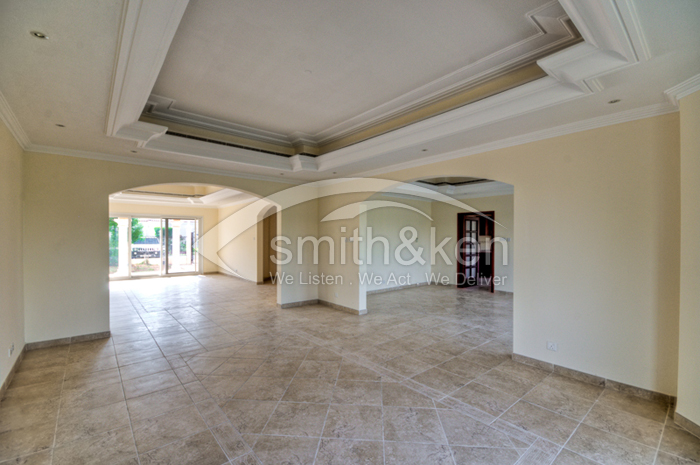 556 - Luxury Villa - 928/9331/11/10/0010 (#015976)