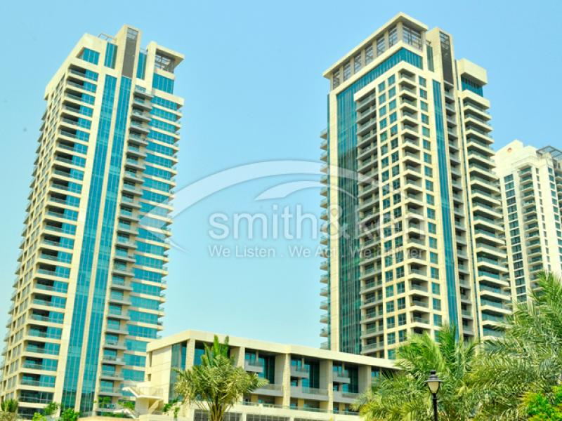 Fairways North - Apartment - Community View - 1085 Sq Ft 1 Bed