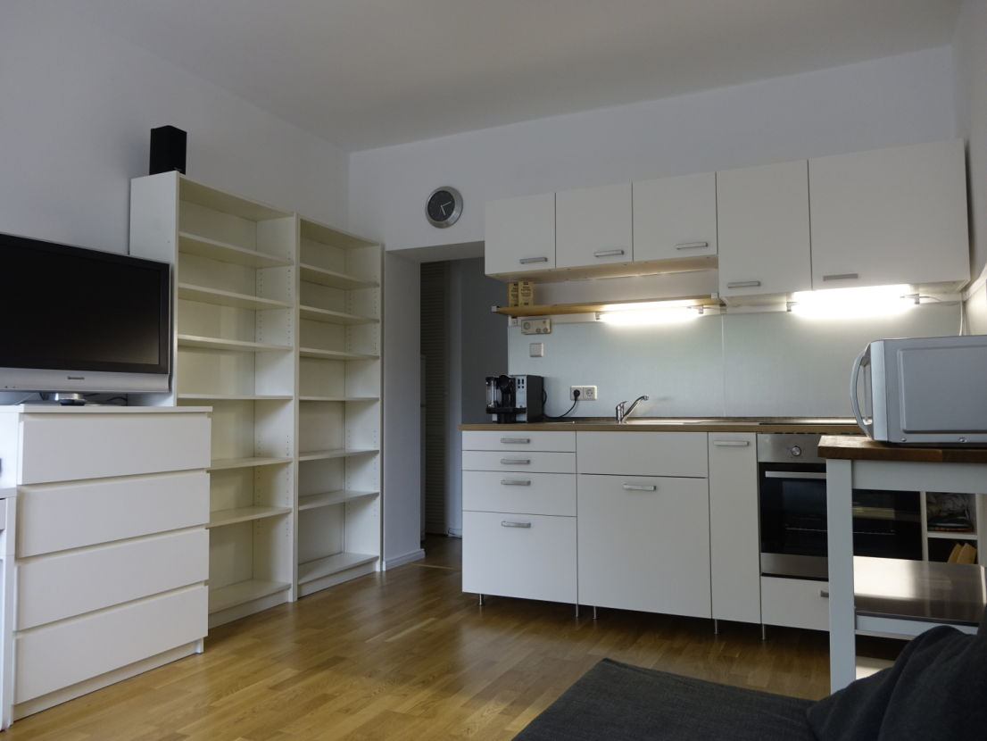 Furnished 1-Bedroom Apartment Next to Mauerpark