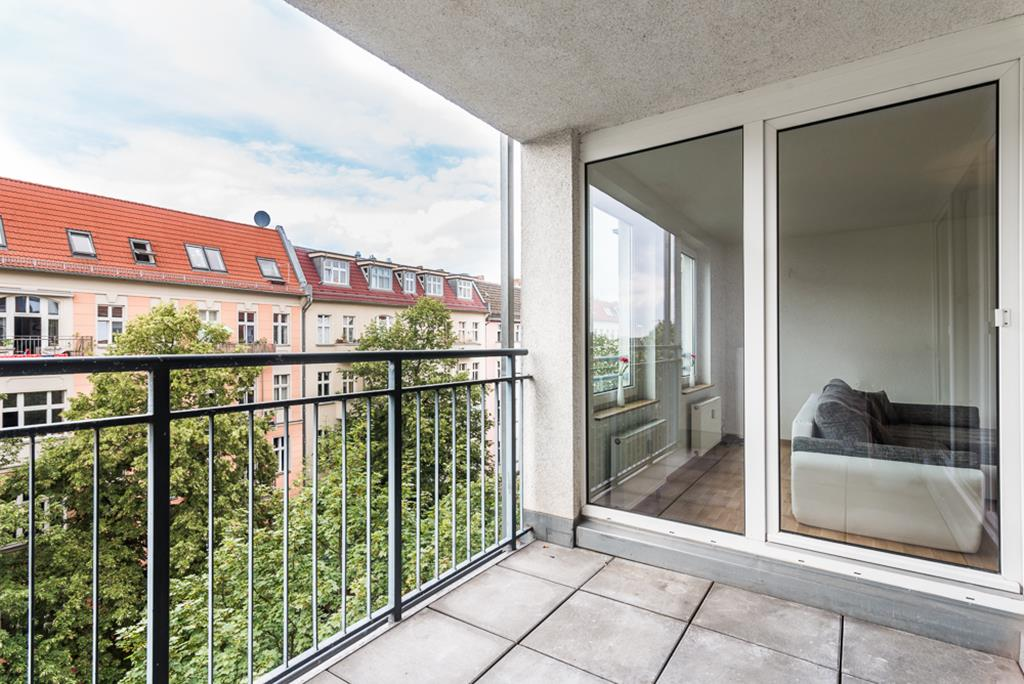 Beautiful 2 Bedroom Apartment Close to Simon Dach