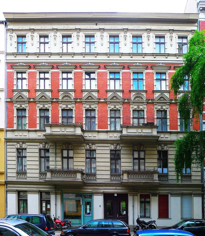 Cozy 2 Bedroom Apartment in Charlottenburg