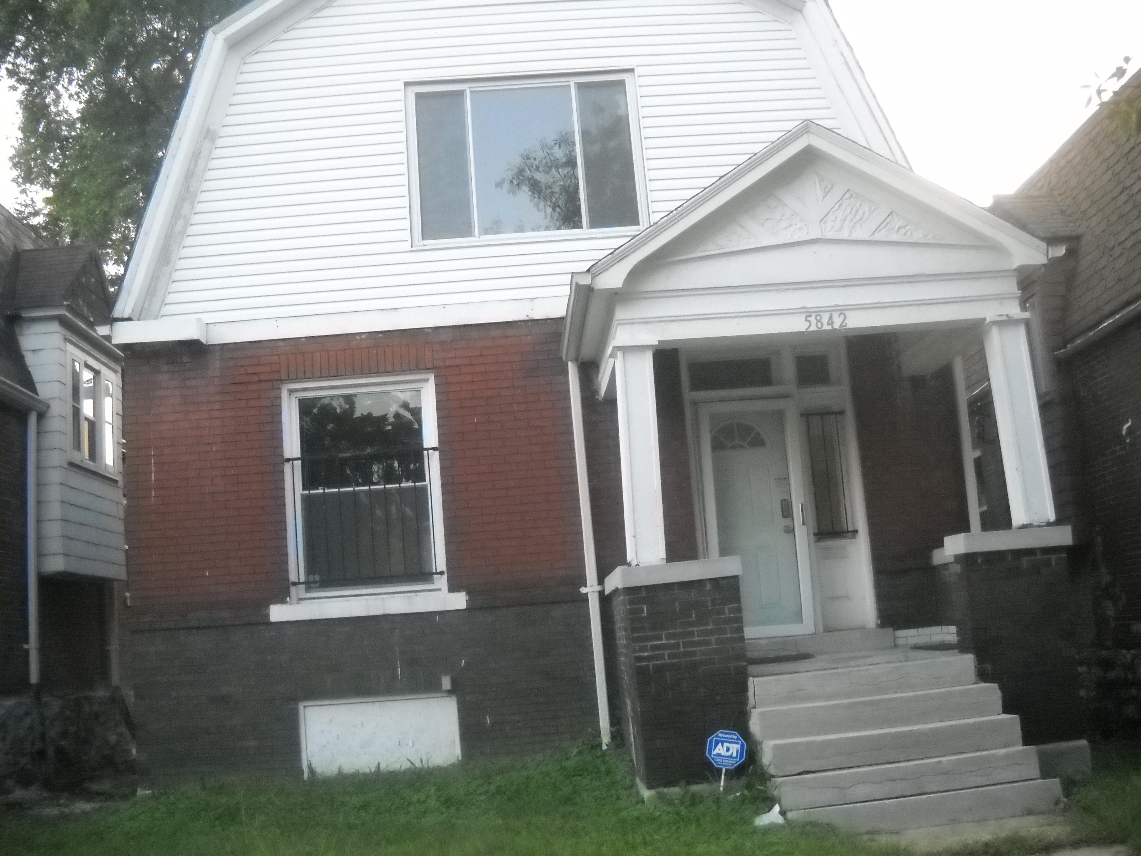 5842 Highland Ave