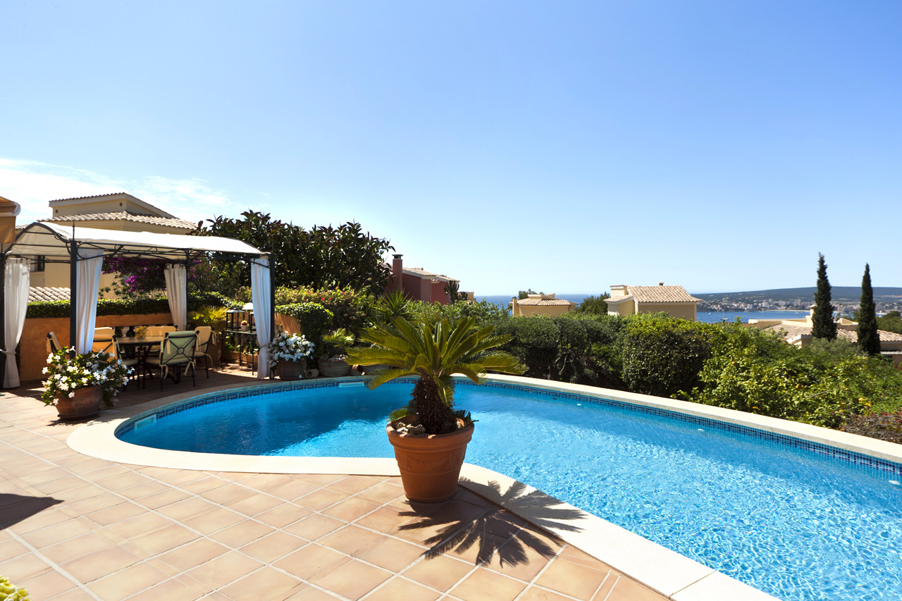 villa mallorca kaufen wundersch ne mediterrane villa mit. Black Bedroom Furniture Sets. Home Design Ideas