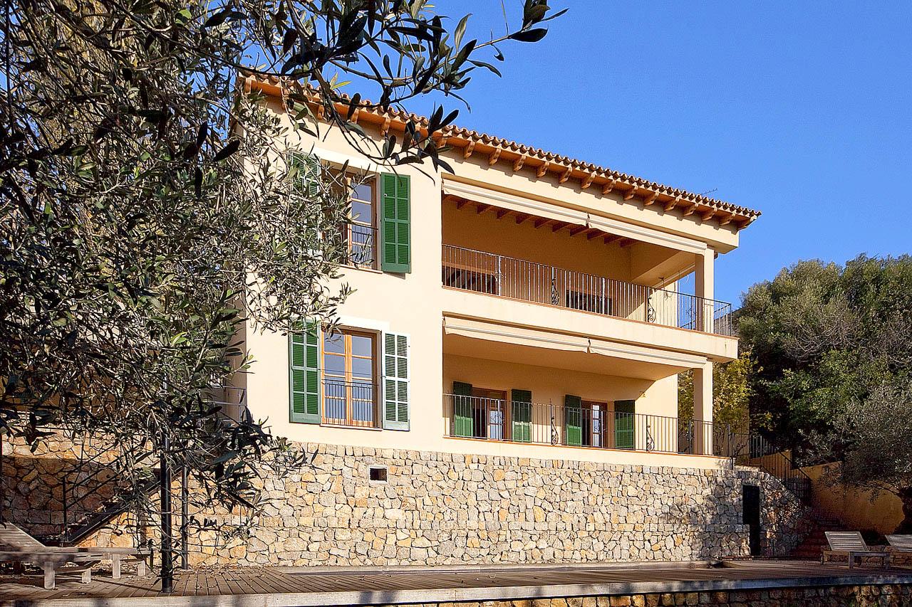 Villa in Calvia photo