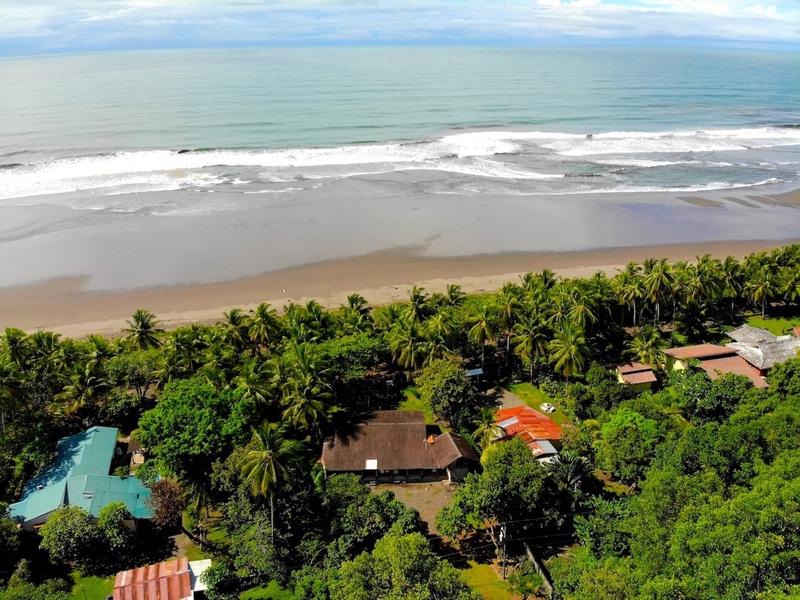 - Bejuco Beach House