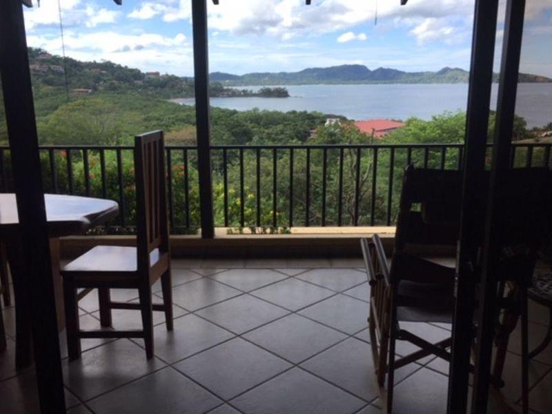 Costa Rica Guanacaste Playa Flamingo - Large Condo In Ideal Area