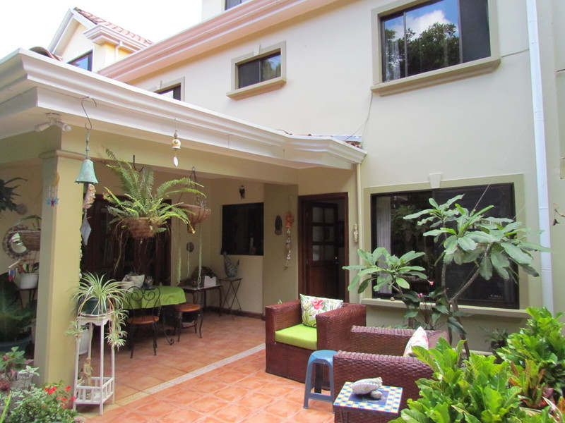 Independent 3 Br House With Studio For Sale In Jaboncillos In Escazu Escazu San José Costa Rica Coldwell Banker Vesta Group Dominical