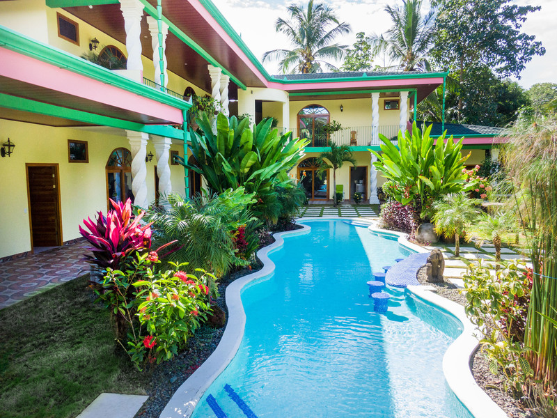 - Bed and Breakfast Style Hotel