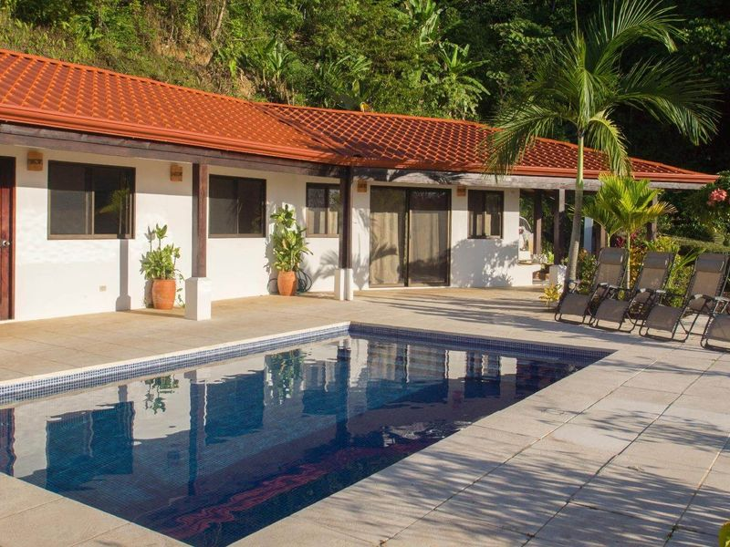 - Contemporary 3 Bedroom House