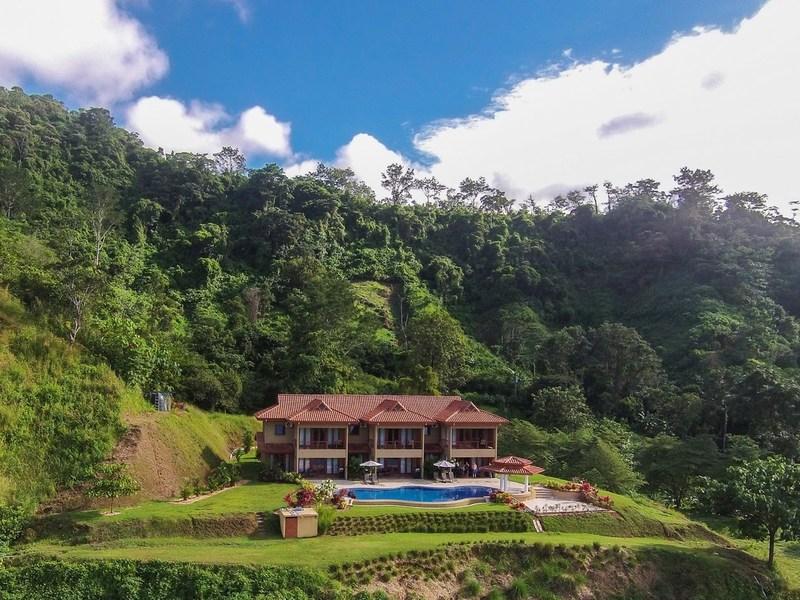 ojochal villas for sale offered at 699 id 650. Black Bedroom Furniture Sets. Home Design Ideas