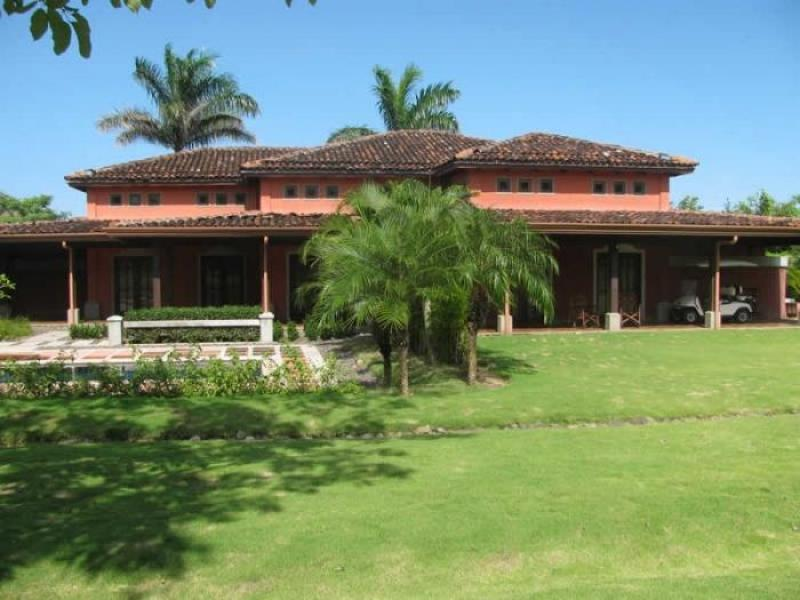 Gorgeous rental home in a gated costa rica beach community for Costa rica rental houses