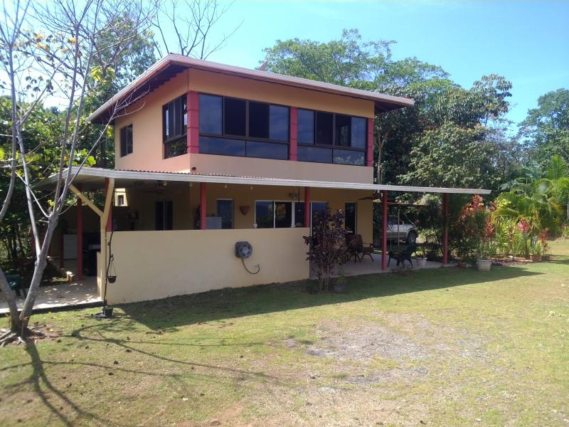 Ojochal costa rica home under 200k id 1050 for Building a house for under 200k