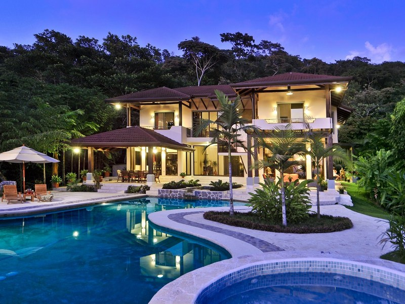 Luxury Resort Style Home in Uvita